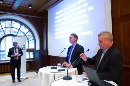EVA:n verokeskustelu Kansallissalissa Helsingissä 27. tammikuuta 2014. Componentan tj. Heikki Lehtonen ja PRO:n pj. Antti Rinne.