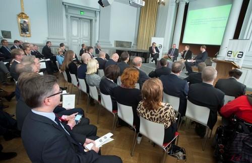 Analyysi julkaistiin G18-salissa Helsingissä 5.11.2014.
