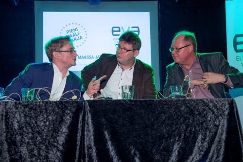 Kuvassa Mikael Jungner (vas.), Reijo Ruokanen ja Timo Haapala.