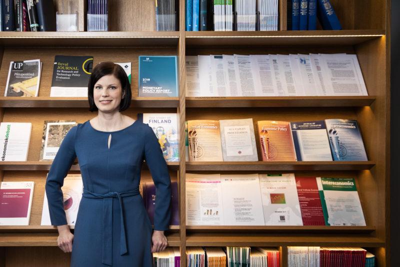 """EVAn uusi ekonomisti Sanna Kurronen: """"Työn korkea verotus hukkaa resursseja"""""""