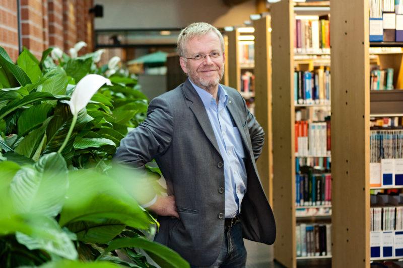 Tuotantotalouden professori Paul Lillrank: Moderni yövartijavaltio puolustaa uhkaavilta taudeilta