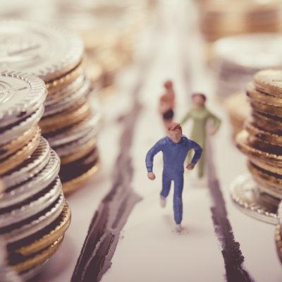 Suomalaiset kavahtavat julkista velkaa mutta pelkäävät leikkauksia